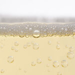 sparkling white wine bubbles