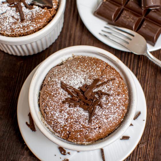 Chocolate Souffle_Powdered_Sugar_Wine4Food
